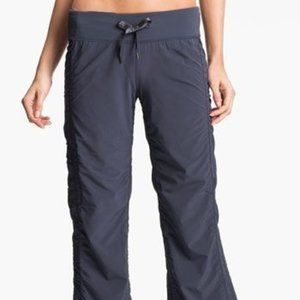 Zella Move Pant in Slate/Gray Size 6